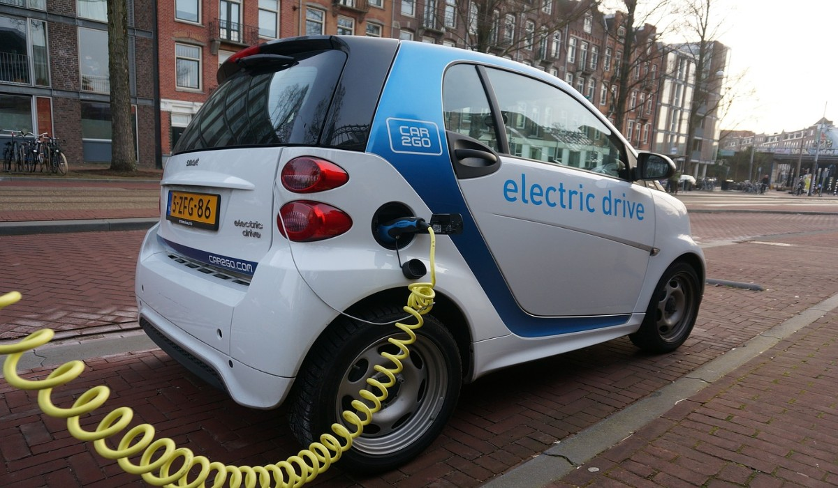 Przegląd samochodu elektrycznego Wawer