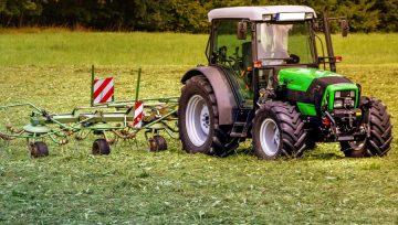 Przegląd ciągnika rolniczego - co warto wiedzieć?