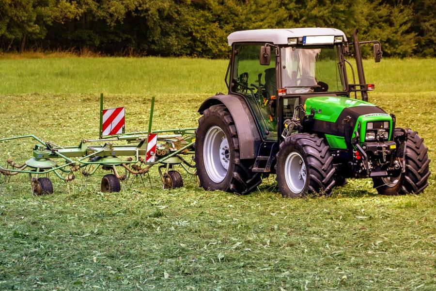 przegląd ciągnika rolniczego